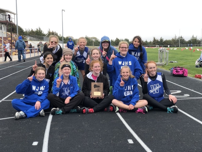 Jh girls track team
